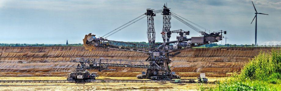 těžba, průmysl