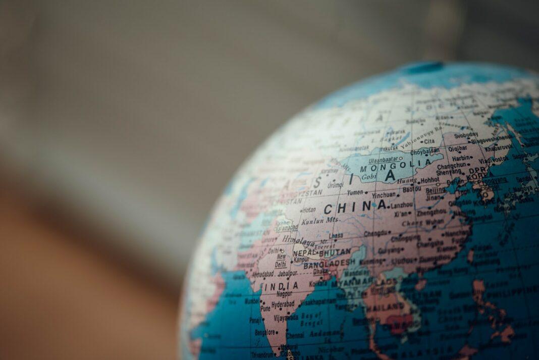 globalna ekonomika, globus, svet, čína